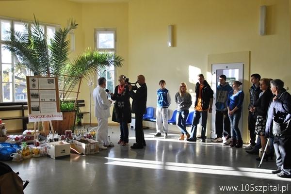 Przeglądane zdjęcia z artykułu: Światełko Pamięci w 105 Szpitalu Wojskowym